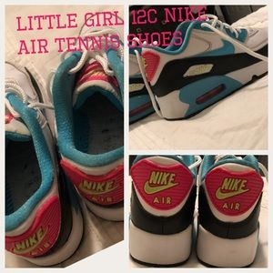 Girls 12c Nike air tennis shoes